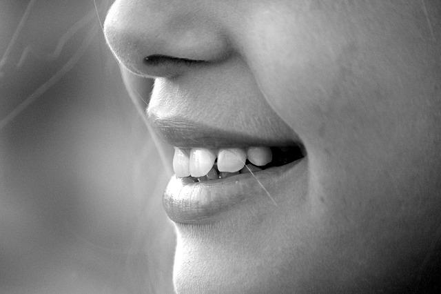Кариес и многие другие проблемы с зубами.